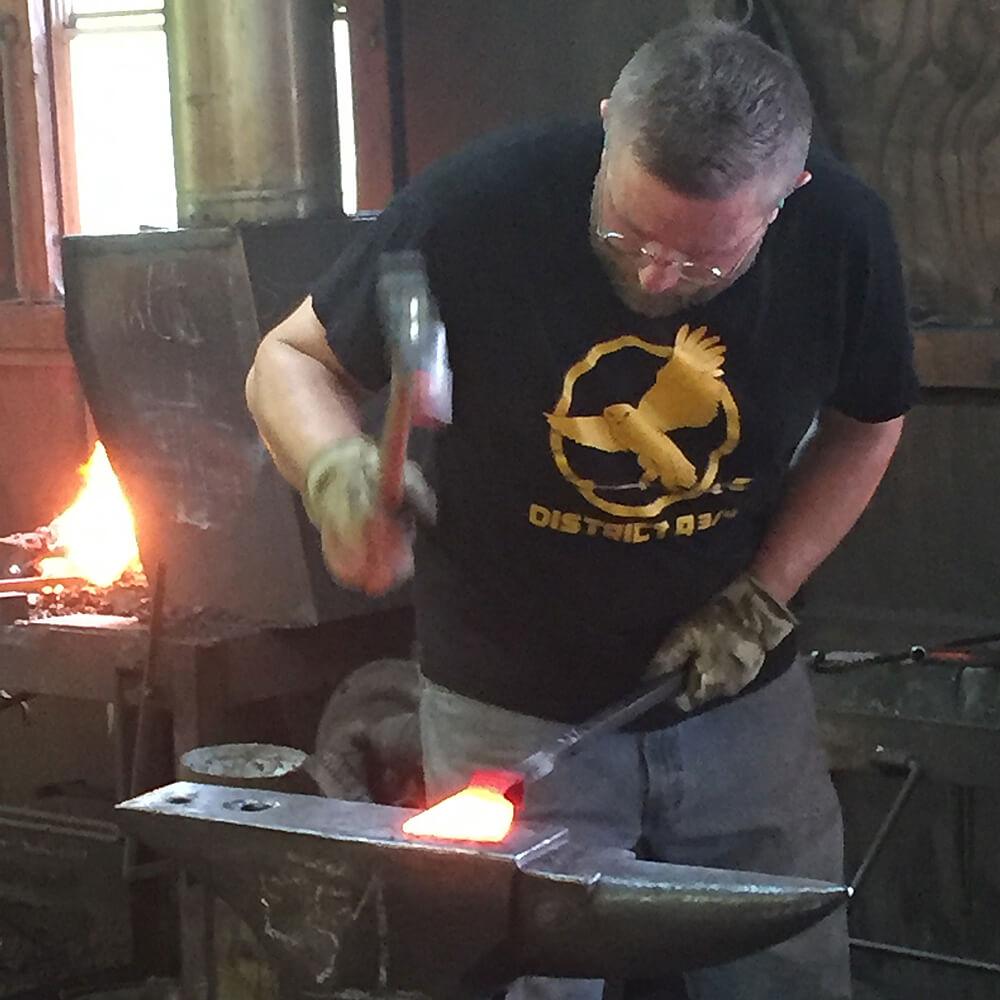 Peters Valley Blacksmithing beginner-1b