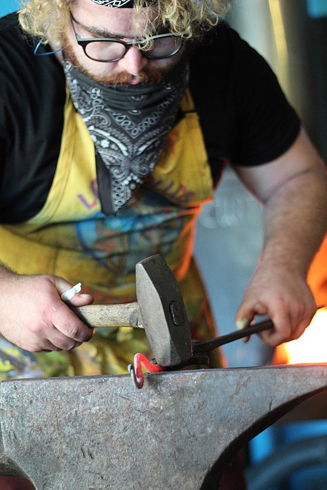 Peters Valley beginning-blacksmithing-2