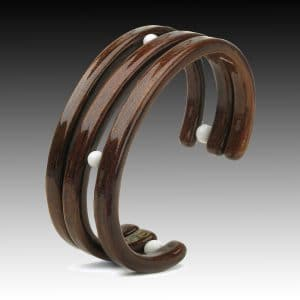 wooden bracelet with pearls